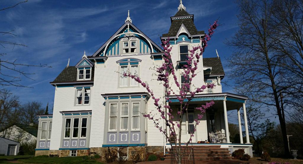 Laurel Manor House